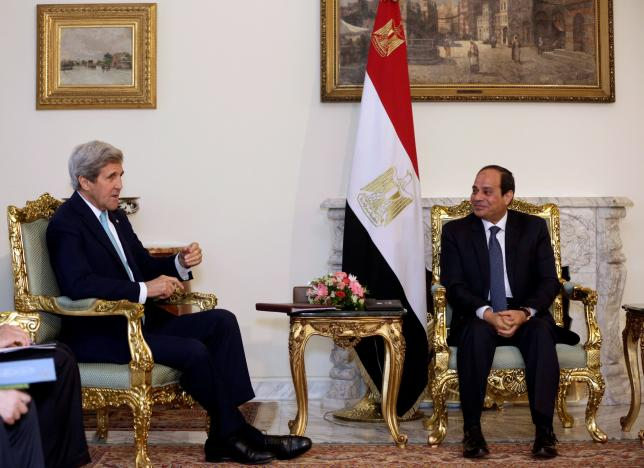 Egypt's President Abdel Fattah al-Sisi meets U.S. Secretary of State John Kerry at the presidential palace in Cairo, Egypt May 18, 2016. (Photo/Reuters/Amr Nabi)