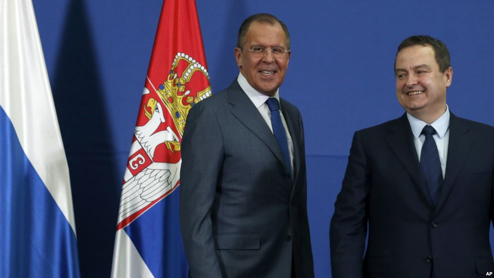 Russian Foreign Minister Sergey Lavrov, during an appearance with his Serbian counterpart Ivica Dacic (right) in Belgrade, Serbia, December 12, 2016. (AP)