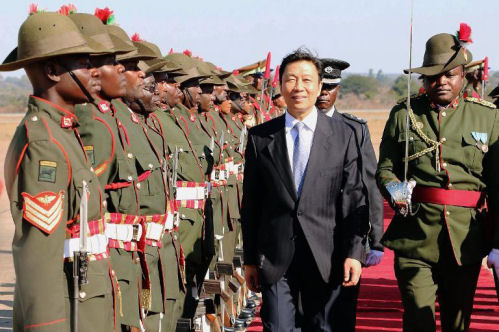 Chinese Vice President Li Yuanchao  upon his arrival at the Kenneth Kaunda International Airport on June 18, 2014 in Lusaka (AFP/Joseph Mwenda)